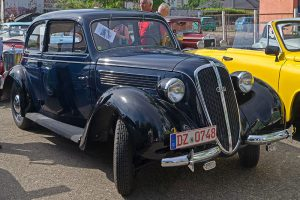 """DKW Sonderklasse bei der """"Via Regia"""" in Markranstädt"""