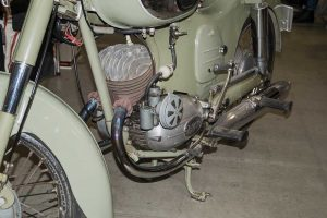 Puch 200ccm mit Doppelkolbenmotor