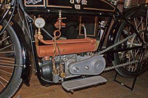 Früher wassergekühlter Zweitaktmotor der Fa. Rinne, Berlin, 1925