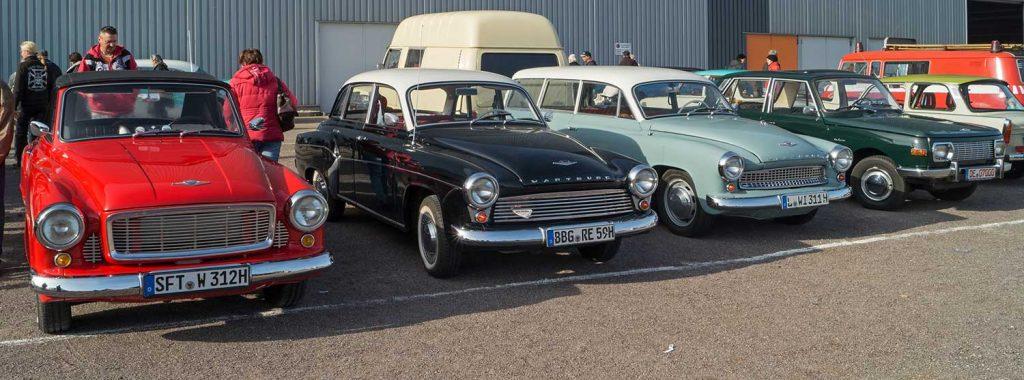 "artburg 312-300 HT Cabrio, 312 Limousine, 211 ""Eckheck""-Kombi und 353 Limousin v.l.n.r."