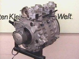 Zweischeiben-Wankelmotor, 1000 ccm, 100 PS