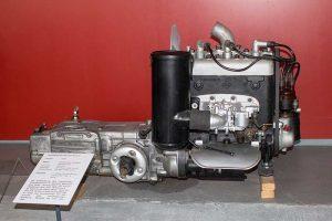 Antriebseinheit des IFA F 9in der Automobilen Welt Eisenach