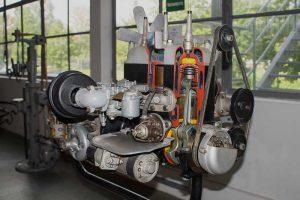 Antriebseinheit des Wartburg 311in der Automobilen Welt Eisenach