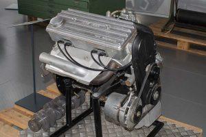 Motor 400 - der erste Motor mit Zahnriemen in der DDR