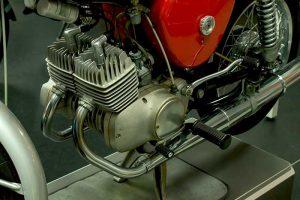 Detail Zweizylindermotorim Fahrzeugmuseum Suhl