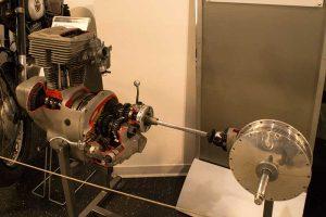 Motor und Kraftübertragung der AWO