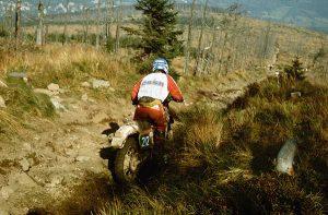 Knüppelharte Pisten durch den verstorbenen Wald im Riesengebirge, Six Days in Jelena Gora, 1987
