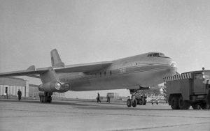 Das erste deutsche Verkehrsflugzeug mit (4) Strahltriebwerken, die Baade 152 des VEB Flugzeugwerk Dresden, 1958