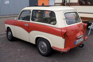 Karosserie des Trabant 500 Kombi und Fahrgestell Trabant 1.1